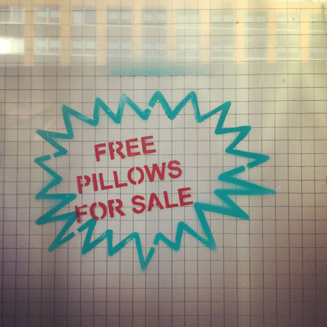 free-pillows