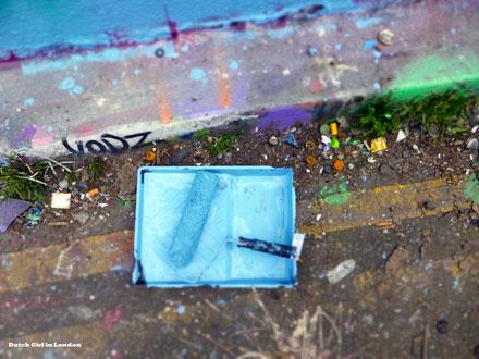 blue-paint-Femme-Fierce-Dutch-Girl-in-London