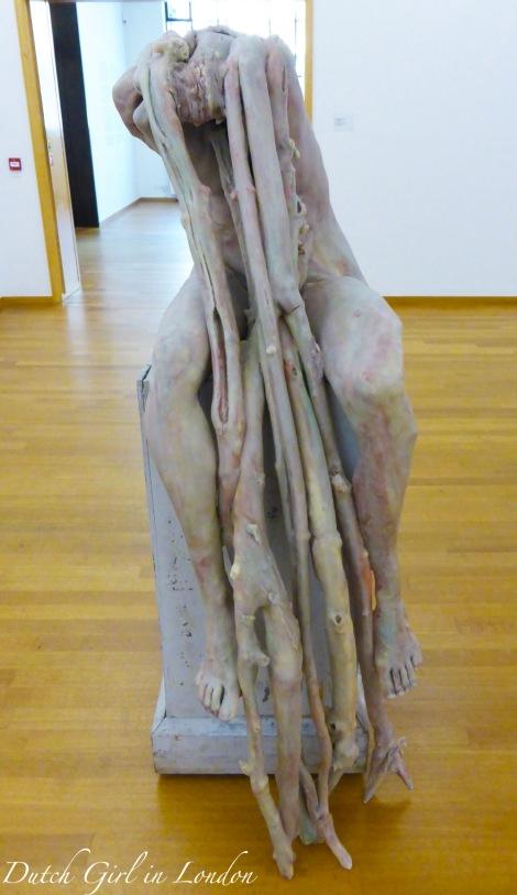 Marthe-Berlinde-de-Bruyckere-Gemeentemuseum