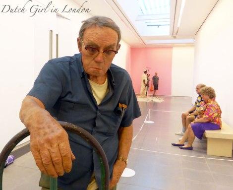 Man with Hand Cart Duane Hanson Serpentine Gallery London