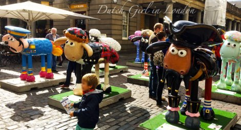 Shaun-the-Sheep-sculptures-Covent-Garden