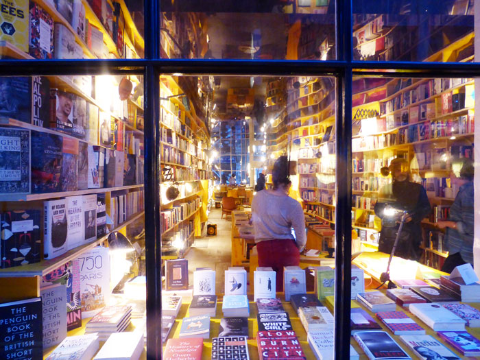 Libreria-bookshop-window-London