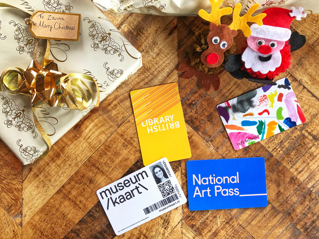 Cultural Christmas gift ideas // Dutch Girl in London