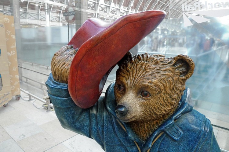 Statue of Paddington Bear in London