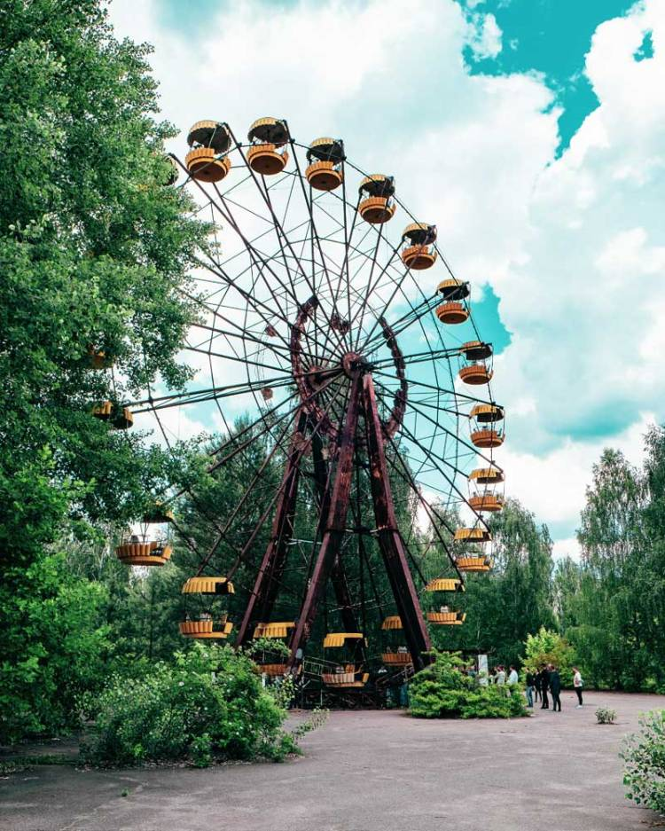 Ferris wheel in the abandoned Chernobyl amusement park